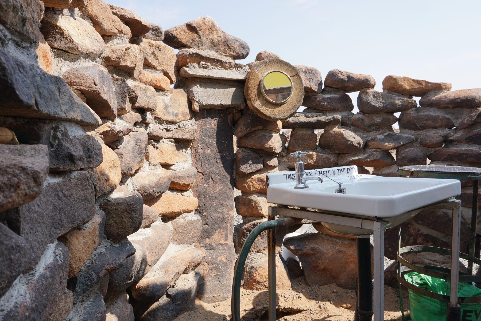 Namibia Reise: Campsite Waschbecken