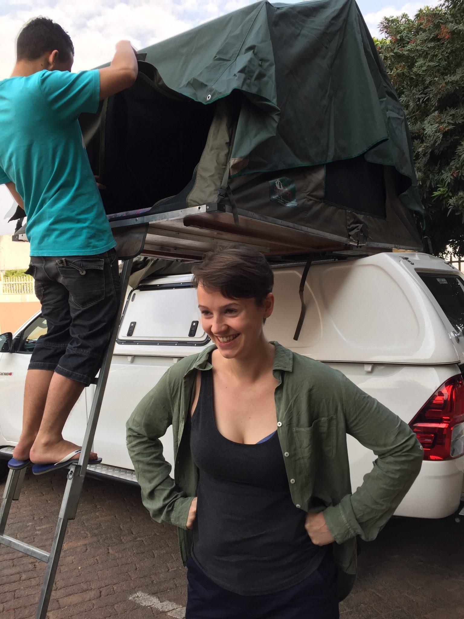 Namibia Reise: Einweisung in unser Roof Top Tent
