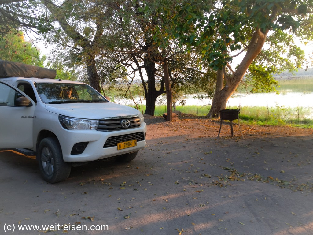 Island Safari Lodge, Campingplatz in Maun, Rundreise Botswana