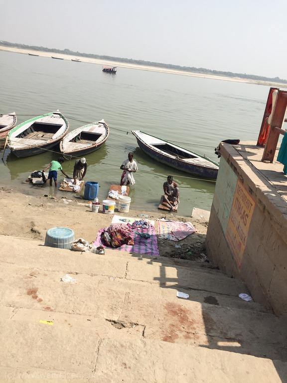 Varanasi, die heilige Stadt am Ganges, Hinduismus, Heilige Waschungen im Ganges