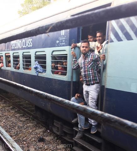 Mit dem Zug durch Indien, Zug fahren in Indien