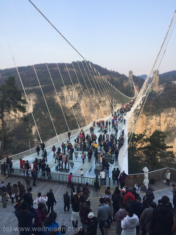 Zhangjiajie, Glasbrücke, die längste Glasbrücke der Welt