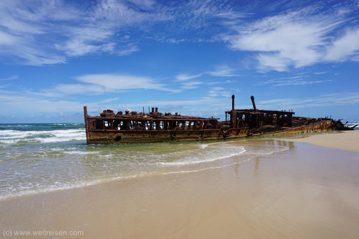 Fraser island, Wrack Maheno